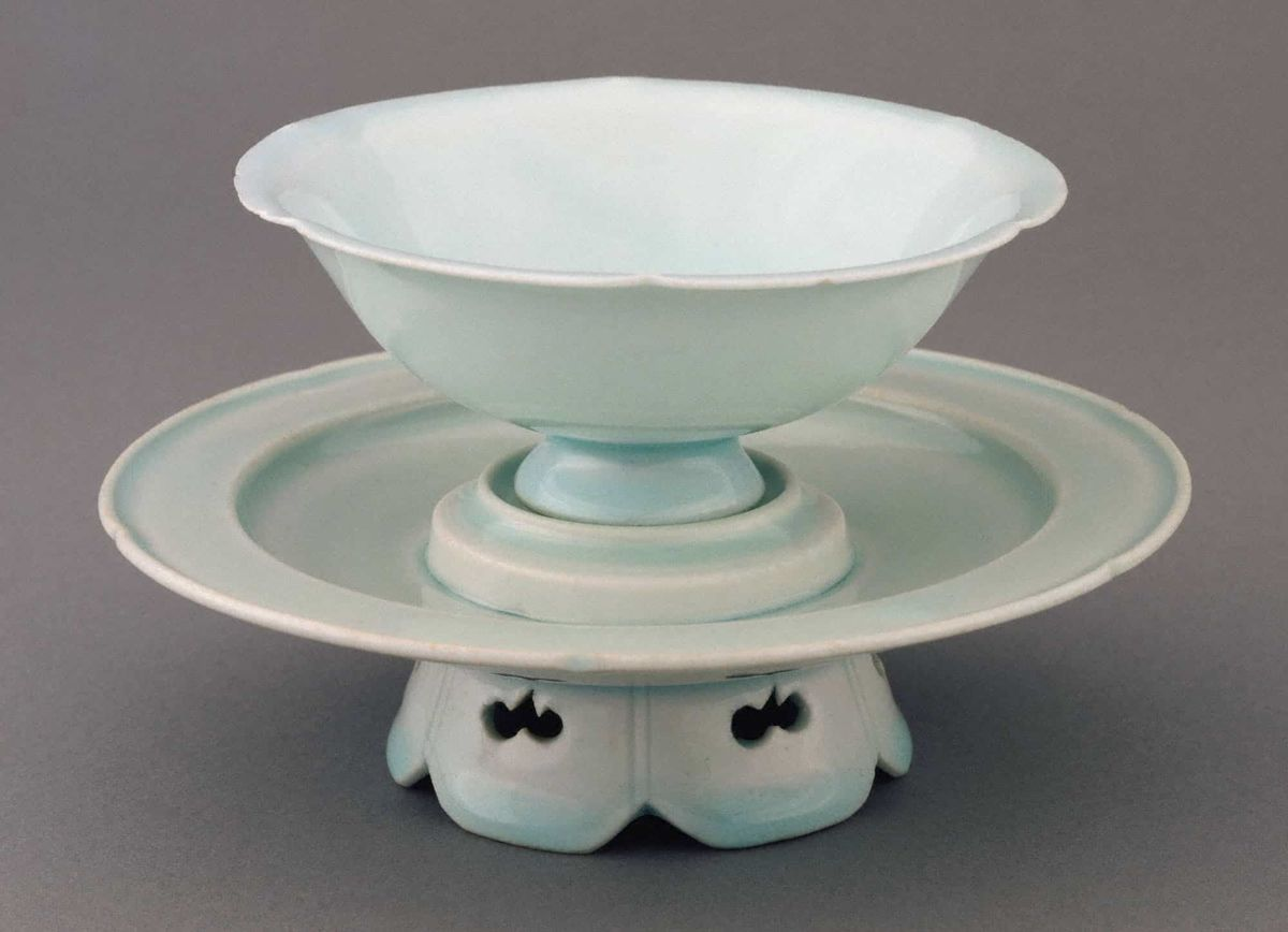 Chinese, Northern Song dynasty, 960–1127, Flowershaped wine cup and stand. Qingbai ware; porcelain. Princeton University Art Museum. Museum purchase, Fowler McCormick, Class of 1921, Fund (2002-135 a-b). Photo Bruce M. White.