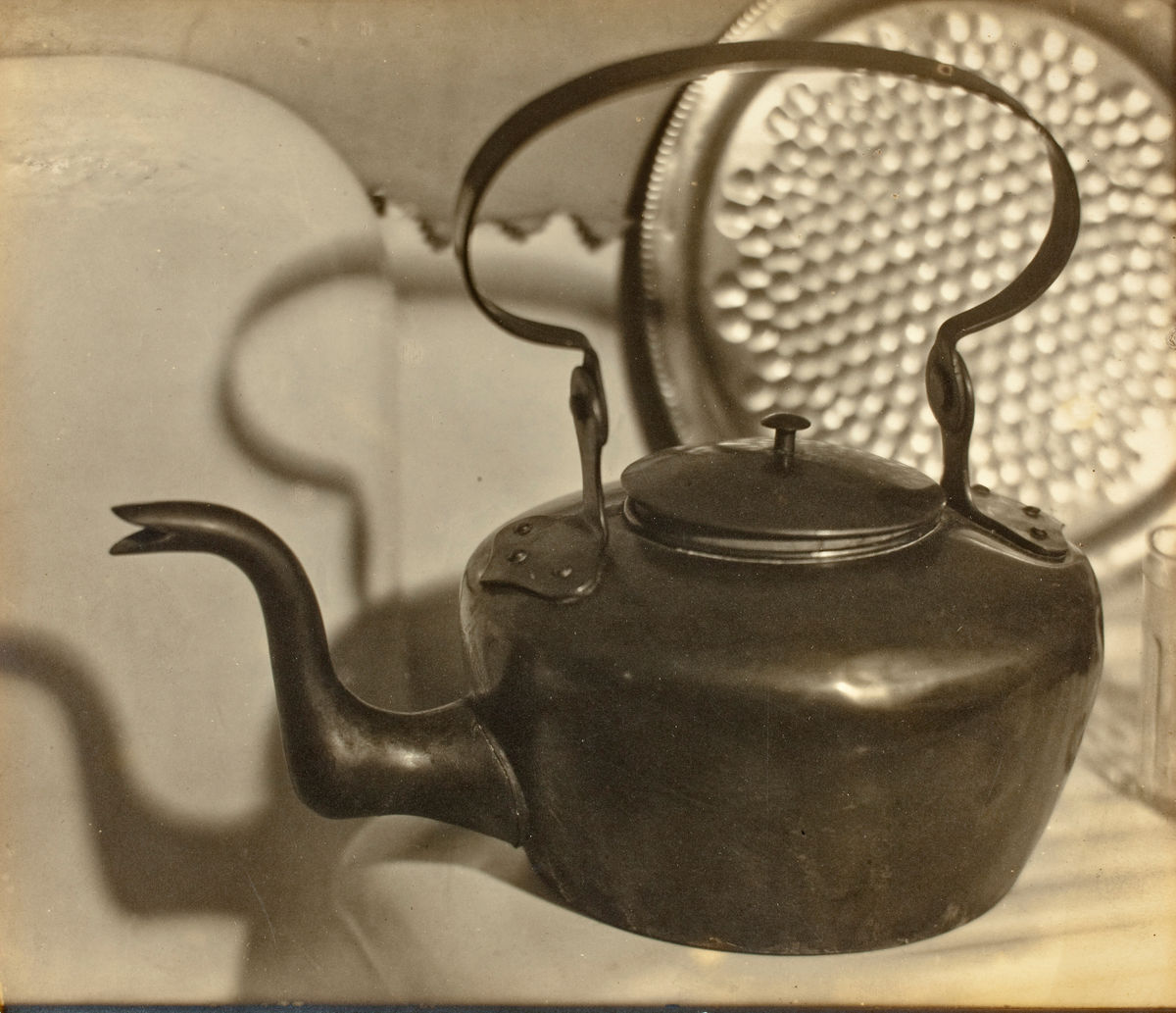 Margaret Watkins (Canadian, 1884–1969), Untitled [Kitchen still life], ca. 1919–20. Gelatin silver print, 16 x 18.7 cm. Los Angeles County Museum of Art, The Marjorie and Leonard Vernon Collection, gift of the Annenberg Foundation, acquired from Carol Vernon and Robert Turbin. © The Estate of Margaret Watkins, courtesy of Robert Mann Gallery, New York; digital image © Museum Associates / LACMA
