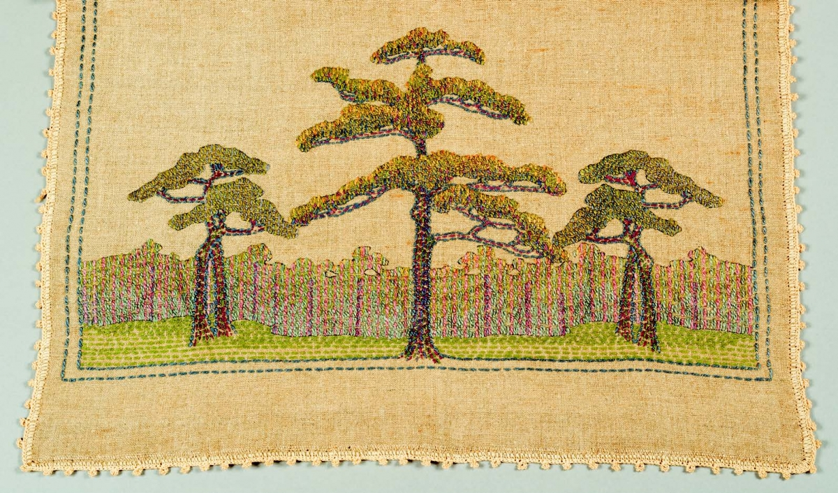 Unidentified artist, Table Runner with a Design of Southern Pine Trees (detail), a. 1905–10. Linen. Newcomb Art Collection, Tulane University; gift of Mrs. Felice Maurer Lowe