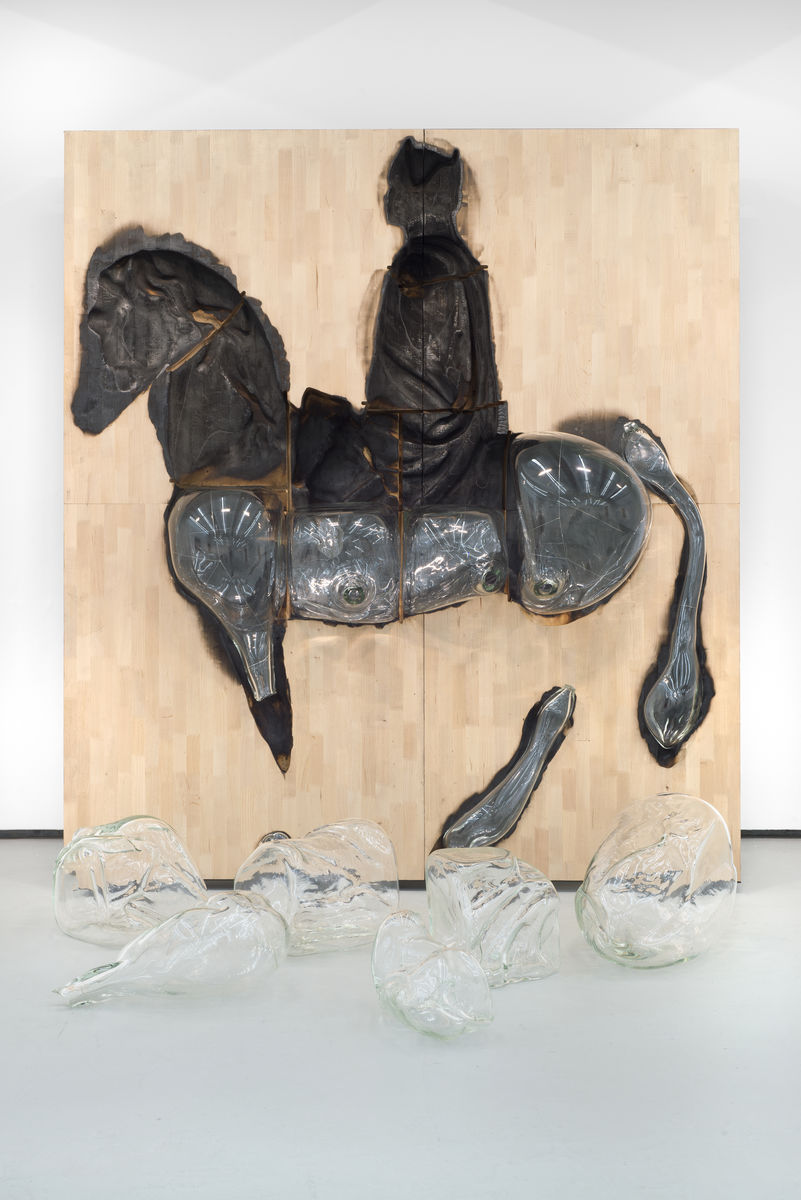 Titus Kaphar (American, born 1976), Monumental Inversion: George Washington, 2016. Wood, blown glass, and steel. 252.1 x 225.4 x 81.3 cm. Courtesy of the artist and Jack Shainman Gallery, New York. © Titus Kaphar