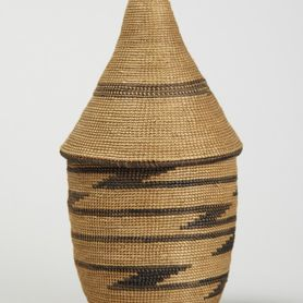 Basket with lid (ibeseke)