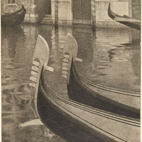 Henri Berssenbrugge, Dutch, 1873–1959. Venice, 1934. Gum bichromate print. Museum purchase, anonymous gift (x1993-91) © Henri Berssenbrugge