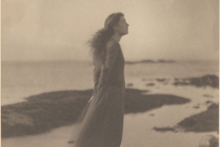 Clarence H. White. By the Sea (Rose Pastor Stokes)